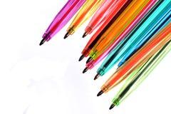 Crayons lecteurs au néon de diverses couleurs photographie stock
