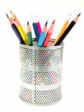 Crayons lecteurs dans le support de crayon lecteur Image libre de droits