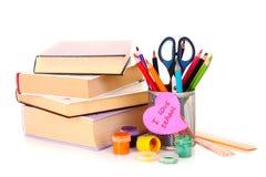 Crayons lecteurs de feutre avec une note Photos stock
