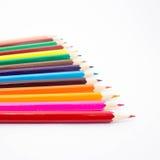 Crayons multicolores sur le fond blanc Images stock
