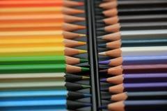 Crayons tous neufs de couleur Images stock