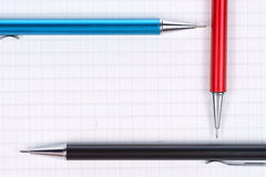 crayons vides de page de cahier Images libres de droits