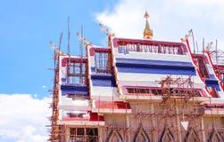 Creërend Boeddhistisch kerkdak Stock Foto