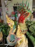 Crea del budista para el agente de la serpiente de la adoración de Buda Fotos de archivo
