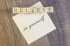Crea en sí mismo la cita fotos de archivo libres de regalías