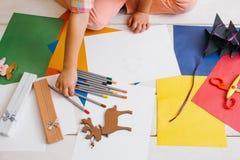 Creación de las tarjetas de Navidad Niñez colorida foto de archivo libre de regalías