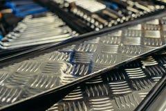 Creación del flujo de trabajo del destornillador del taladro de las piezas de metal Imagen de archivo libre de regalías