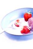 cream клубники ложки Стоковые Фотографии RF