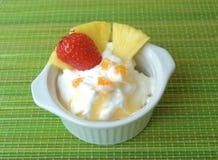 cream льдед плодоовощ Стоковые Изображения