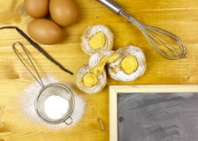 Cream слойки с сливк печенья Стоковое фото RF