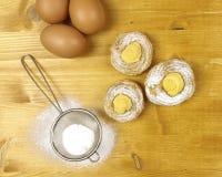 Cream слойки с сливк печенья Стоковые Изображения RF
