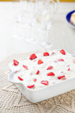 Cream торт и клубники Стоковое Изображение