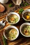 Cream яичко печет в Ramekin стоковое фото