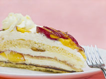 Cream Cake with Mango Royalty Free Stock Images