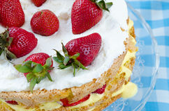 Cream cake with strawberries Royalty Free Stock Photos