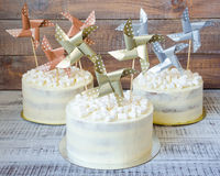 Cream cheese cake with paper decoration Stock Photography