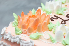 Cream decoration on cake Royalty Free Stock Image