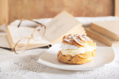 Cream donut Royalty Free Stock Images