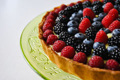 Cream and wildberries pie Royalty Free Stock Photos