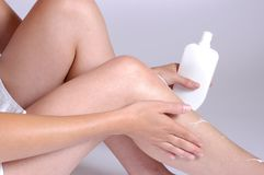 Free Creaming The Legs Royalty Free Stock Image - 183916