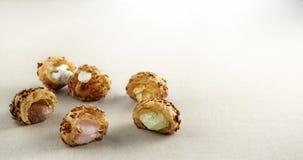 creampuff en sort av mat som göras av mjöl, eller mål, som har blandats med, mjölkar eller bevattnar vektor illustrationer