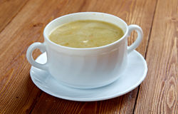 Creamy cabbage and sorrel soup Stock Photography