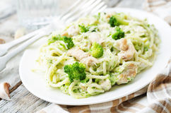 Creamy cheesy broccoli spaghetti with chicken Royalty Free Stock Photo