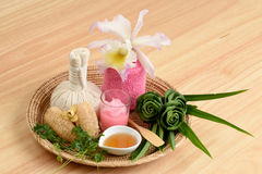 Creamy Fresh Herb Mask - Wrap Pandanus. Palm, Ivy Gourd and honey, spa with natural ingredients of Thailand. Royalty Free Stock Images