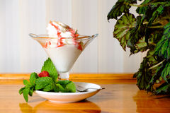 Creamy ice cream in a sundae dish Stock Images