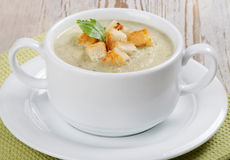 Creamy soup with croutons Royalty Free Stock Photography