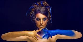 Creatief Art Makeup Het portret van de close-upstudio van jonge manier m royalty-vrije stock afbeelding