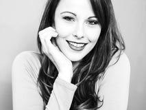 Creatief Zwart-wit Portret van een Aantrekkelijke Jonge Caucasi royalty-vrije stock foto