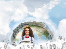 Creatieve inspiratie van jonge vrouwelijke schrijver Stock Afbeelding