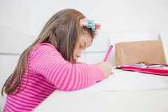 Creatieve Peuterkindtekening Stock Foto
