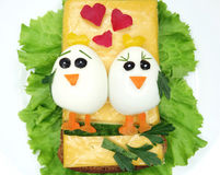 Creatieve plantaardige sandwich met kaas en eieren Royalty-vrije Stock Foto's