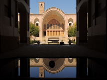 Creatieve unieke duurzame architectuur in het traditionele paleis van Iran royalty-vrije stock foto's