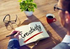 Creatividad de Thinking About Word del hombre de negocios Imagen de archivo