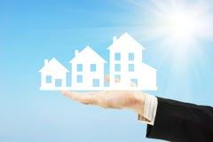 Crecimiento de la prosperidad y de las propiedades inmobiliarias fotografía de archivo libre de regalías