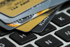 Credit card on laptop, online shopping Royalty Free Stock Photos