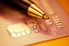 Credit card and pen Royalty Free Stock Photography