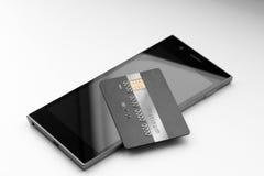 Creditcard op mobiele telefoon dichte omhooggaand op monochromatische achtergrond Royalty-vrije Stock Afbeeldingen