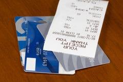 Creditcards en ontvangstbewijs. Royalty-vrije Stock Foto