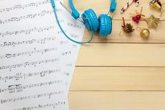 Cree el papel de nota de la hoja de música de mí mismo Hoja de música de la visión superior no Foto de archivo