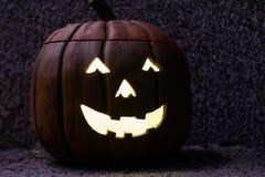 Creepily lit Halloween pumpkin Royalty Free Stock Photos
