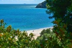 Creiro海滩和Portinho da Arrabida在塞图巴尔,葡萄牙 库存照片