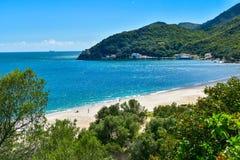 Creiro海滩和Portinho da Arrabida在塞图巴尔,葡萄牙 免版税库存照片
