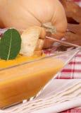 Crema de la sopa de la calabaza Imagenes de archivo