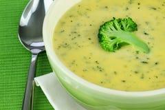 Crema de la sopa del bróculi Imágenes de archivo libres de regalías