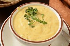 Crema de la sopa del bróculi Fotos de archivo