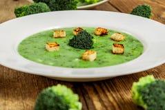 Crema de la sopa del bróculi Imagen de archivo libre de regalías